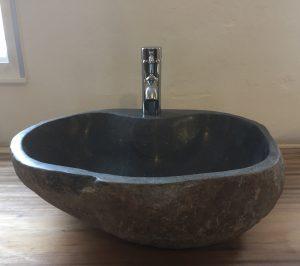 flodstensvask-hul-til-armatur-blog