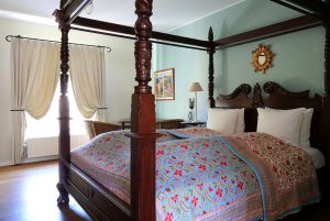villa-provence-superior-room-001